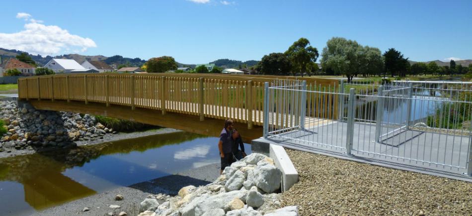 Gisborne Walkway Bridge