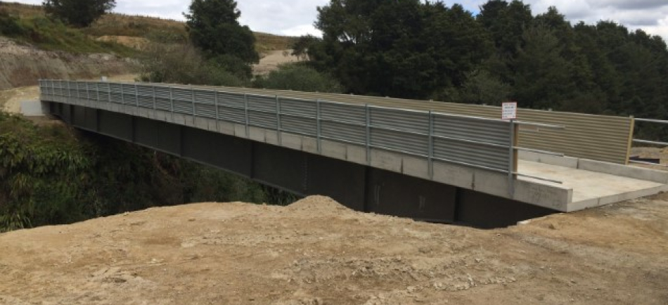 Concrete bridge during installation - Te Tarata