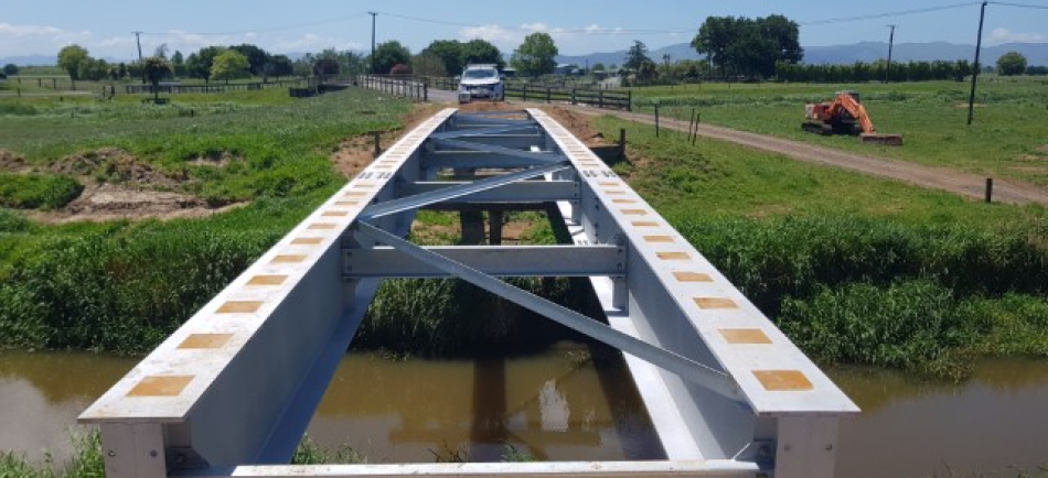 Concrete steel beam bridge during installation - Te Awa