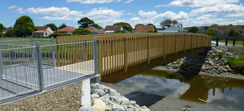 Laminated Timber Bridge - Gisborne Walkway