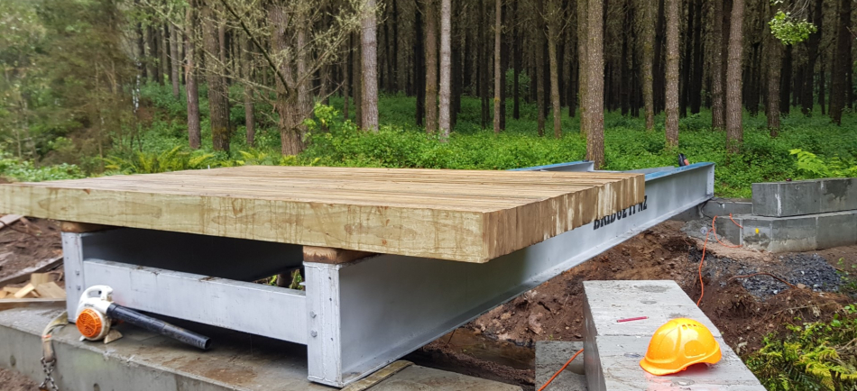 Replacement of an existing timber bridge