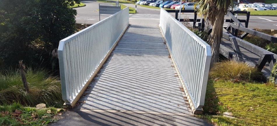 Christchurch pedestrian bridge